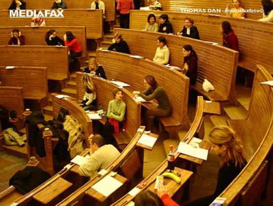 Imaginea articolului Lege care aduce modificări sistemului de studii doctorale a fost trimisă de Iohannis la reexaminare