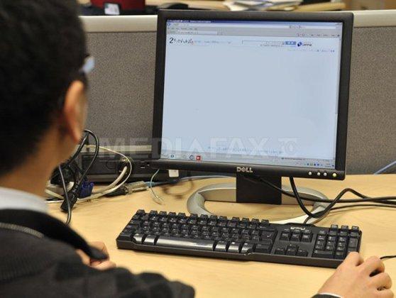 Imaginea articolului Preşedintele României a promulgat legea prin care IT-iştii sunt scutiţi de impozitulul pe venit