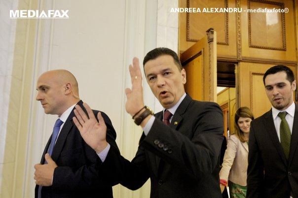 Imaginea articolului Fostul premier Sorin Grindeanu, înlocuit la conducerea PSD Timiş de secretarul de stat Petru Andea. La sediul organizaţiei ar fi ajuns documentul de excludere din partid