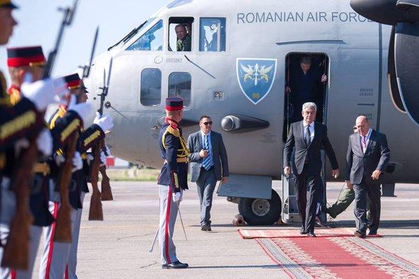 Imaginea articolului Premierul Mihai Tudose, în timpul vizitei la Chişinău: În Moldova suntem acasă/ Guvernele de la Bucureşti şi Chişinău vor organiza o şedinţă comună