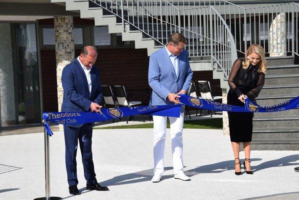 Imaginea articolului Preşedintele Iohannis, la inaugurarea unui mare club privat de golf din România: Prin această facilitate, România realmente ajunge pe harta golfului mondial - GALERIE FOTO