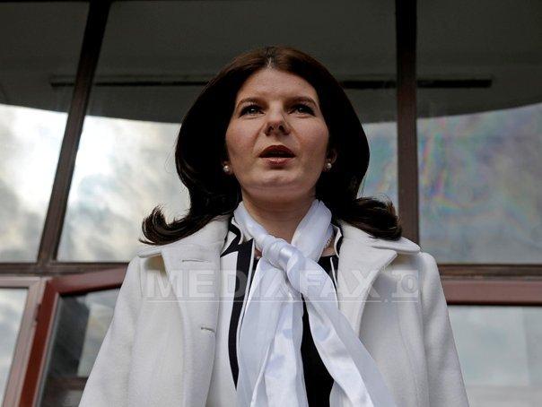 Monica Iacob Ridzi, fost ministru al Tineretului din guvernarea PDL, eliberată condiţionat