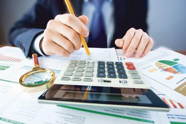 Comisia de buget-finanţe a Camerei Deputaţilor a majorat plafoanele datoriilor la plata TVA