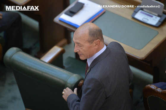 Imaginea articolului Băsescu: Eu vă spun că nu e sfârşitul lui Tudose. E mai tare pe picioarele lui decât Grindeanu
