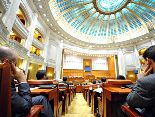 Imaginea articolului LEGEA BUGETULUI pe 2018   Vosganian: Dacă parlamentarii tineri se contaminează de la năravurile noastre, nu ajungem nicăieri