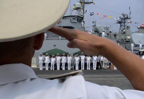 """Imaginea articolului Marina Militară, mezina Armatei, primeşte în dar patru corvete, într-un an în care continuă achiziţiile """"pe hârtie"""". PREVIZIUNI 2018"""