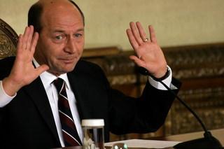Imaginea articolului Traian Băsescu, lui Iohannis: Jucaţi Domnule Preşedinte! Cred că merită