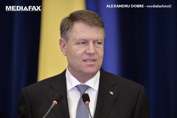 Imaginea articolului Preşedintele Iohannis, scos din emisia LIVE a unui post de radio românesc după o pauză de vorbire prea lungă. Sistemul automat de siguranţă a băgat un blues celebru. AUDIO