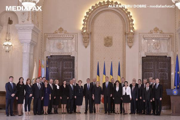 Imaginea articolului Iohannis, întrebat dacă regretă că a numit al treilea premier PSD: E un pic devreme pentru evaluare