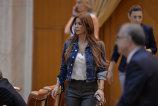 """Sexy-deputata face o declaraţie ULUITOARE: """"Am fost paradită"""". De ce s-a folosit pentru a-l manipula pe procurorul care o ancheta"""