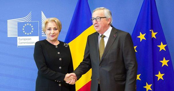 Imaginea articolului Juncker, după întâlnirea cu premierul Dăncilă: Este al cincilea prim-ministru. Să sperăm că va rămâne mai mult în funcţie pentru că nu mai ştiu unde pleacă toată lumea cu care mă întâlnesc | VIDEO