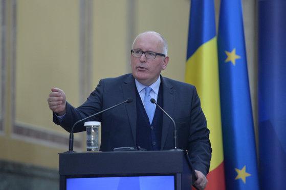 Imaginea articolului Timmermans, la întâlnirea cu Iohannis: Atacurile la adresa justiţiei creează o imagine negativă României/ Avertismentul transmis de numărul 2 din Comisia Europeană