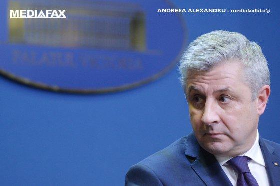 Imaginea articolului Iordache, după ce Rădulescu l-a făcut habarnist: Nu am nicio treabă cu candidaturile. Îi urez succes!