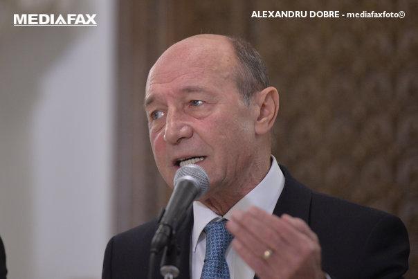 Imaginea articolului Ce ar face Traian Băsescu dacă ar mai fi fost preşedinte: Nu aş revoca-o pe Kovesi din cauza urletului public/ Ce ar obliga-o pe şefa DNA să facă în schimb