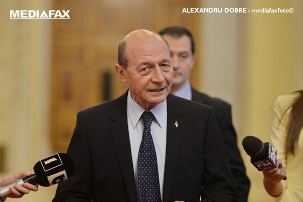 Imaginea articolului Băsescu, atac dur la Dragnea: Un neisprăvit din Teleorman a făcut praf şi pulbere 60 de ani de diplomaţie
