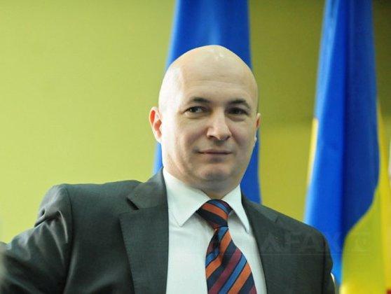 Imaginea articolului Codrin Ştefănescu, după ce liberalii au decis să susţină plângerea formulată de Orban împotriva premierului Dăncilă: Putem spune răspicat că PNL a devenit partidul denunţătorilor