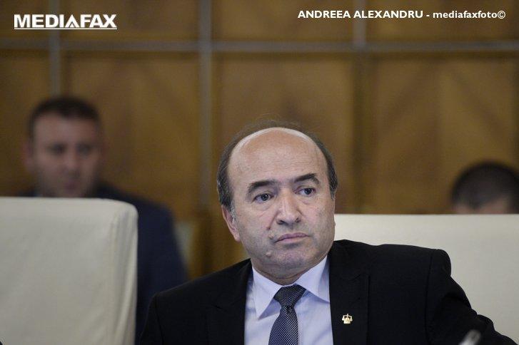 Imaginea articolului Toader, ATAC la adresa preşedintelui: Întrebarea e când termină de înţeles