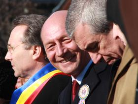 Adomnicăi: Băsescu va rămâne în istorie ca simbol al dezbinării naţionale