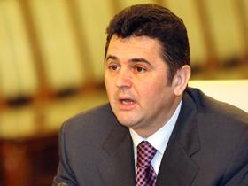 Bejinariu, indignat că Flutur a iniţiat o întâlnire a reprezentanţilor partidelor la care a lipsit (Imagine: Mediafax Foto)