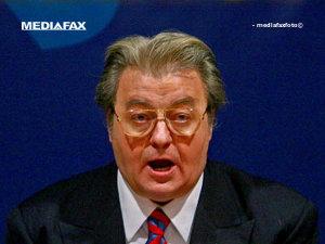 Vadim a revenit asupra deciziei de a-l susţine necondiţionat pe Oprescu (Imagine: Mediafax Foto)