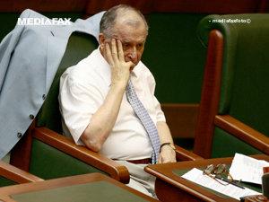Politicienii comentează decizia lui Ion Iliescu de a nu mai candida (Imagine: Mediafax Foto)