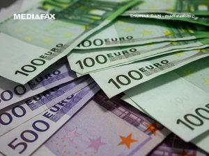 Băsescu: Tranzacţiile cu sume de peste 15.000 euro ar trebui raportate în 24 de ore (Imagine: Mediafax Foto)