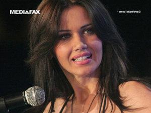 Oana Zăvoranu, printre candidaţii PRM pentru alegerile parlamentare (Imagine: Mediafax Foto)