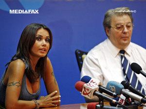 Vadim Tudor despre Oana Zăvoranu: Da, domnule, va veni în bikini la Parlament (Imagine: Mediafax Foto)