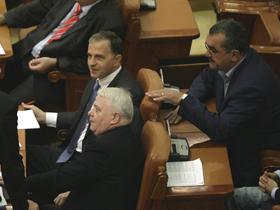 PSD vrea sesiune parlamentară extraordinară pe tema inundaţiilor
