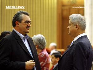 Deputaţii PSD vor decide cum votează cererile parchetului, ţinând cont şi de dorinţa lui Mitrea