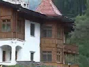 Băsescu a ajuns în staţiunea Covasna, într-o vizită privată