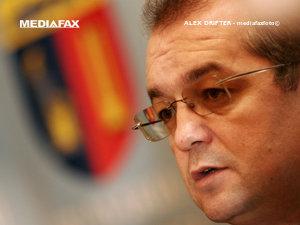 Premierul Emil Boc a demisionat din funcţia de primar al municipiului Cluj-Napoca