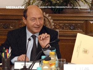 Băsescu: Guvernul să-şi asume răspunderea pe cele patru coduri (Imagine: Mediafax Foto)