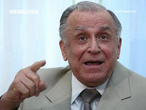 Iliescu: Băsescu să nu facă pe vătaful