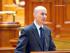 Olteanu: Dragnea să vină în faţa Parlamentului să explice motivele demisiei