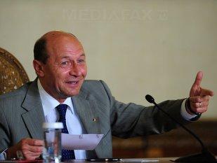 Imaginea articolului Băsescu, membrilor CSM: Am vrut să glumesc cu  ambasadorii UE, dar aceştia n-au gustat gluma