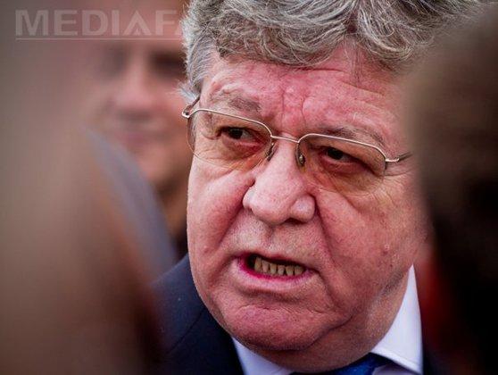Imaginea articolului RECHIZITORIUL în cazul Dobriţoiu: Fostul ministru a cerut locuinţă de serviciu pe motiv că stătea cu părinţii şi are doi copii