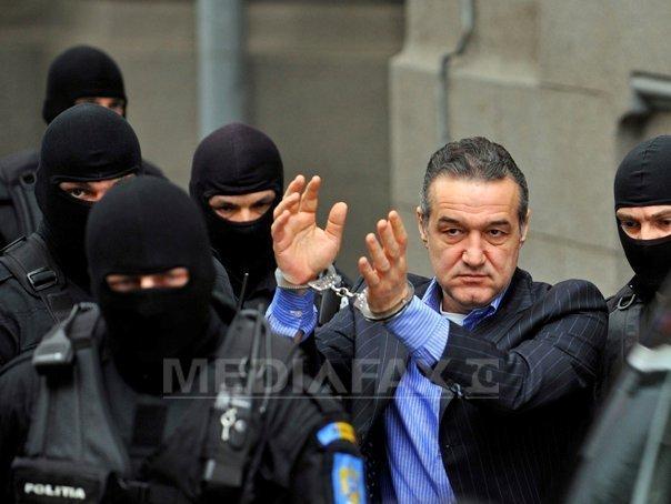 Gigi Becali cere reducerea pedepsei cu şase luni. Instanţa va decide săptăm�na viitoare