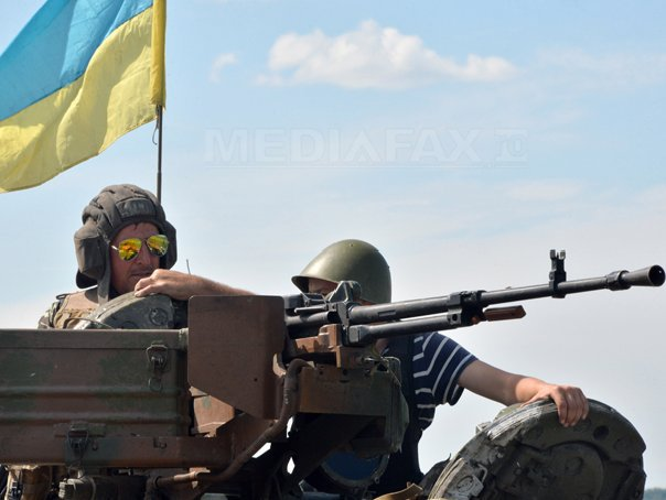 Rom�nii din Ucraina: Suntem �ntre asimilarea promovata de Ucraina si ofensiva facuta de Rusia. Ne �ngrijoreaza ca din toamna armata va recruta baieti de 18 ani