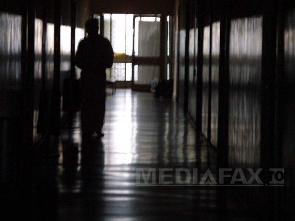 Subsolul Spitalului Judetean Buzau si mai multe gospodarii au fost inundate �n urma ploilor