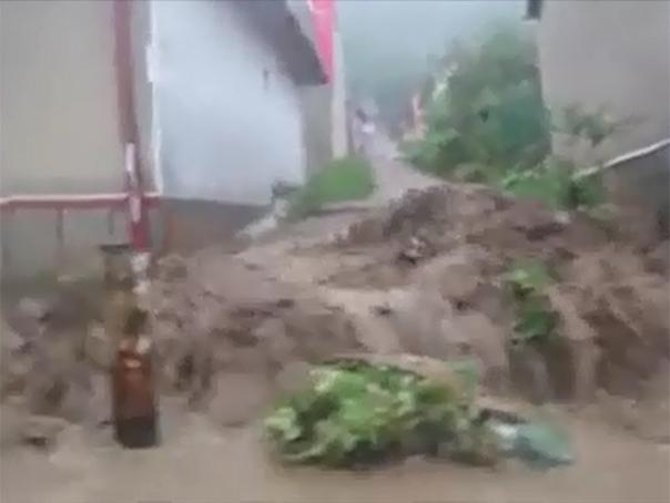 Imagini VIDEO cu inundatiile de la Orsova – Consecintele precipitatiilor abundente