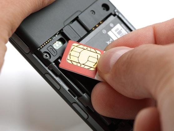Imaginea articolului Cartelele prepay pot fi cumpărate fără furnizarea datelor de identitate. Legea privind identificarea utilizatorilor este neconstituţională în ansamblu