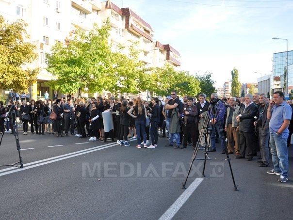 Actiune �n memoria victimelor accidentului de pe DN1 si protest fata de