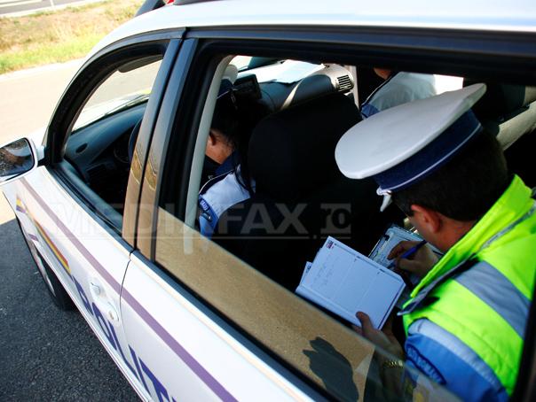 Şofer de 18 ani, prins cu 212 km/h pe Autostrada Transilvania
