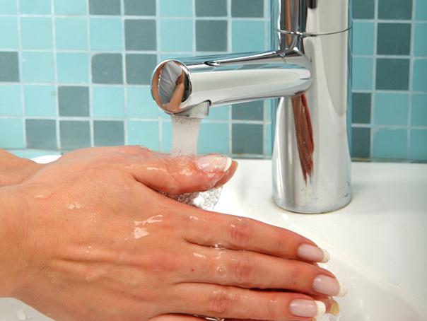 Distrigaz: Presiunea la gazele pentru ELCEN permitea asigurarea apei calde �n Capitala