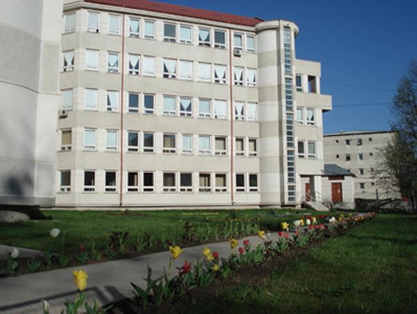 Amenzi �ntre 1.000 si 25.000 de lei �n cazul fetitei moarte �n conditii suspecte la Spitalul din Husi