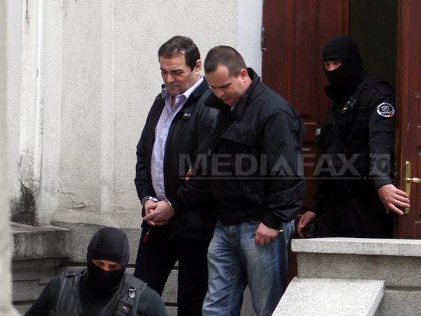 Mihai Necolaiciuc, CONDAMNAT DEFINITIV la patru ani si sase luni de �nchisoare cu EXECUTARE. Fostul director general al CFR, ridicat de politisti si dus la Penitenciarul Rahova