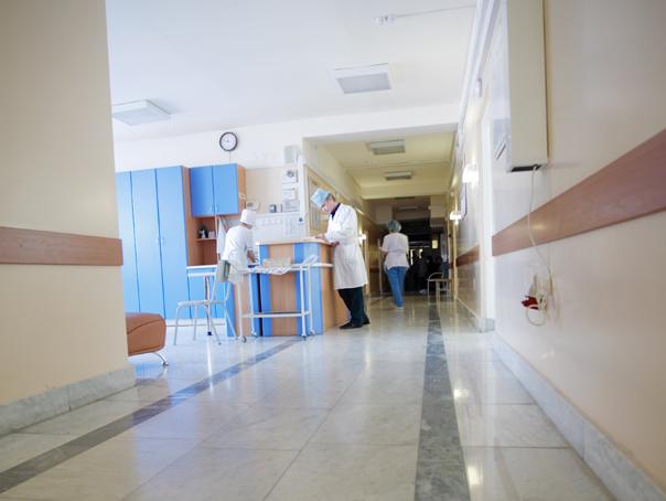 Asistente de la SJU Craiova, sanctionate �n cazul pacientei legate de pat, care a murit