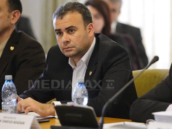 V�lcov: Proiectul de buget ar putea fi prezentat �ntr-o prima forma la mijlocul lunii noiembrie