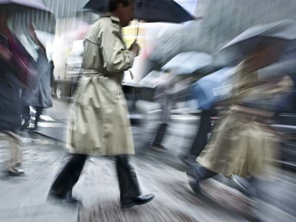 Vremea se raceste accentuat. COD GALBEN de ploi si v�nt puternic pentru mai multe judete din tara. HARTA zonelor afectate
